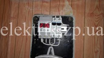 Замена пробок на автоматы и установка реле напряжения.